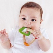 HAPE-DOUBLE TRIANGLE TEETHER